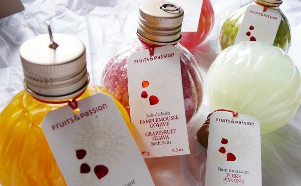 Petites boules de noël parfumées, sels de bain ou bain moussant.